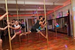 3 three consecutive pole dance classes returnig customers wednesday 630pm 755pm no pole sharing price 75 book pole dance classes