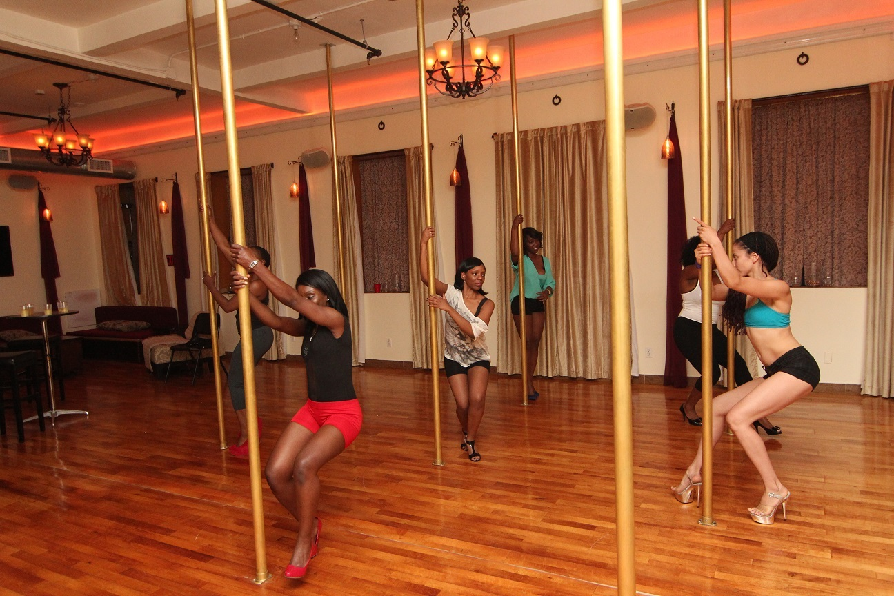 Birthday Party Pole Class in NYC